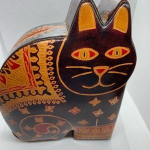 """Lichfield handcrafted leather cat money box 7""""tall"""
